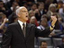 <p>Toronto Raptors head coach Jay Triano instructs his team during the first half of their NBA basketball game against the Philadelphia 76ers in Toronto, April 12, 2009. REUTERS/Mike Cassese</p>