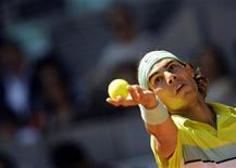 <p>Tenista espanhol Rafael Nadal durante jogo em que derrotou Juergen Melzer por 6-3 6-1 no Masters de Madri. REUTERS/Sergio Perez</p>