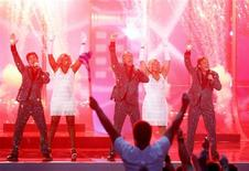 <p>The Toppers from Netherlands perform during the second semi-final of the Eurovision Song Contest in Moscow May 14, 2009. REUTERS/Sergei Karpukhin</p>