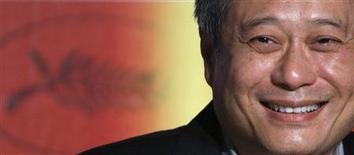 """<p>Diretor Ang Lee em uma coletiva de imprensa para o filme """"Taking Woodstock"""" no 62o Festival de Cannes. 16/05/2009. REUTERS/Jean-Paul Pelissier</p>"""