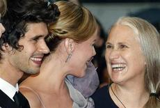 "<p>Director Jane Campion (R) and cast members Abbie Cornish (C) and Ben Wishaw (L) arrive for the screening of their film ""Bright Star"" at the 62nd Cannes Film Festival May 15, 2009. REUTERS/Regis Duvignau</p>"