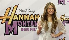 <p>Foto de archivo de la actriz estadounidense Miley Cyrus durante la función de estreno en Alemania de la película 'Hannah Montana-The Movie' en Munich, abr 25 2009. REUTERS/Michaela Rehle</p>