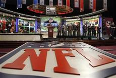 <p>Top prospects stand together on stage before the start of the 2009 NFL Draft at Radio City Music Hall in New York, April 25, 2009. REUTERS/Mike Segar</p>