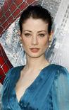 """<p>Foto de archivo de la actriz británica Lucy Gordon a su llegada al estreno de """"Spiderman 3"""" durante el Festival de cine de Tribeca en Nueva York, 30 abr 2007. Gordon, quien trabajó en la película """"Spider-Man 3"""", fue hallada muerta tras aparentemente haberse suicidado, dijo el jueves la policía francesa. REUTERS/Lucas Jackson/Files</p>"""