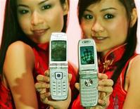 <p>Cellulari Huawei a Kuala Lumpur. REUTERS/Bazuki Muhammad</p>