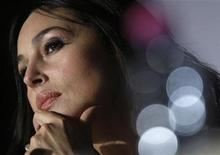 "<p>Cast member Monica Bellucci attends a news conference for the film ""Ne Te Retourne Pas"" by director Marina De Van at the 62nd Cannes Film Festival May 16, 2009. REUTERS/Jean-Paul Pelissier</p>"