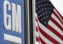<p>A General Motors dealership is seen in Vienna, Virginia, May 27, 2009. REUTERS/Jim Young</p>