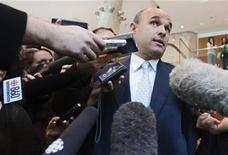 <p>Research in Motion co-chief executive Jim Balsillie speaks to the media in Toronto February 5, 2009. REUTERS/Mark Blinch</p>