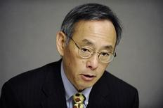 <p>Energy Secretary Steven Chu answers questions during the Reuters Energy Summit in Washington, June 1, 2009. REUTERS/Jonathan Ernst</p>