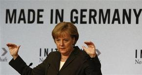 <p>German Chancellor Angela Merkel gives a speech at a conference for social market economy in Berlin, June 2, 2009. REUTERS/Fabrizio Bensch (GERMANY POLITICS ENTERTAINMENT)</p>