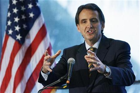 Governor Tim Pawlenty of Minnesota speaks during a luncheon at the 2008 Republican Governors Association Annual Conference in Miami November 12, 2008. REUTERS/Hans Deryk
