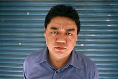 <p>Wu'er Kaixi, a former student leader who escaped to Taiwan following the 1989 pro-democracy movement in China, poses after an interview with Reuters in Taipei in this April 23, 2009 file photo. Wu'er Kaixi, one of the best known dissidents from the Tiananmen Square protests in Beijing 20 years ago, tried to reach China via Macau on June 3, 2009 but was sent back, Taiwan authorities said. Wu'er, 41, who now lives in Taiwan, said the airport immigration counter in Macau stopped him from entering the special administrative region of China. REUTERS/Nicky Loh/Files</p>