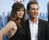 """<p>Matthew McConaughey e Jennifer Garner na estreia de """"Minhas Adoráveis Ex-Namoradas"""" em Hollywood. 27/04/2009. REUTERS/Mario Anzuoni</p>"""