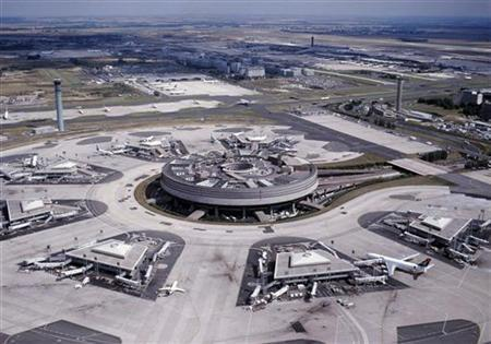Aerial view shows Roissy Charles de Gaulle's (CDG) Terminal 2 in this February 20, 2005 file photo. REUTERS/ADP/HO