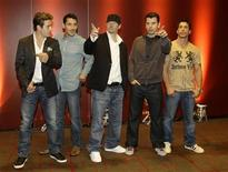 <p>Joey McInytre, Jonathan Knight, Donnie Wahlberg, Jordan Knight and Danny Wood (L-R) of the U.S. band 'New Kids On The Block' pose during a photo call in Munich July 9, 2008. REUTERS/Michaela Rehle</p>
