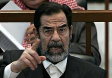 <p>Экс-президент Ирака Саддам Хусейн в суде в Багдаде 21 декабря 2006 года. Календарь Рейтер рассказывает о некоторых наиболее важных событиях, происходивших 1 июля с 1900 года. REUTERS/Nikola Solic</p>