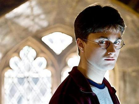 Daniel Radcliffe as Harry Potter in a scene from ''Harry Potter and the Half-Blood Prince''. REUTERS/Warner Bros. Pictures/Handout