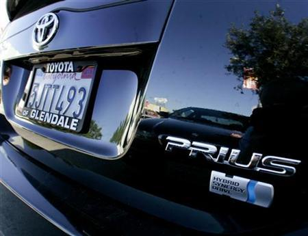 A Toyota Prius sedan is pictured in Los Angeles October 14, 2005. REUTERS/Fred Prouser