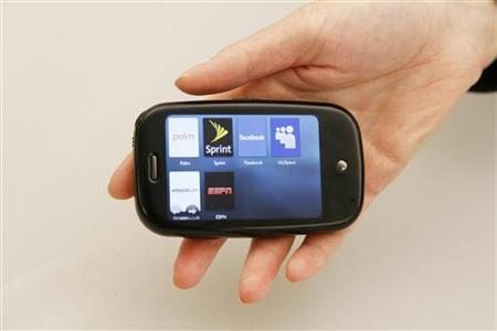 The new Palm Pre cellular phone can be seen in New York June 3, 2009. REUTERS/Lucas Jackson