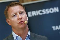 <p>Hans Vestberg, le directeur financier d'Ericsson, qui doit prendre la direction générale du groupe en janvier prochain. L'équipementier télécoms suédois a signé des contrats d'une valeur globale de 1,7 milliard de dollars (1,22 milliard d'euros) avec des opérateurs chinois d'équipements et de services télécoms de troisième génération. /Photo prise le 25 juin 2009/REUTERS/Bob Strong</p>