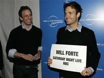 """<p>Foto de archivo: Los miembros del elenco de """"Saturday Night Live"""" Seth Meyers (en la fotografía a la izquierda) y Will Forte llegan al evento NBC Universal Experience en Nueva York el 12 de mayo, 2008. REUTERS/Shannon Stapleton (ESTADOS UNIDOS)</p>"""