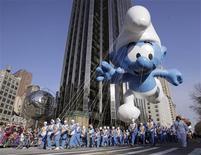 """<p>Raja Gosnell assinou contrato para dirigir """"Smurfs"""", filme que será um misto de animação e ação ao vivo, estrelado pelos pequenos personagens azuis criados pelo cartunista belga Peyo. REUTERS/Brendan McDermid</p>"""