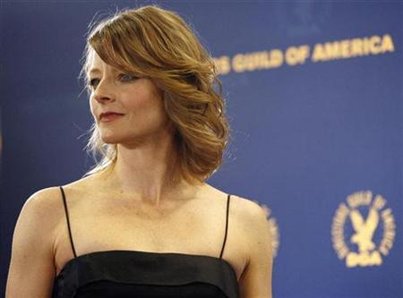 Actress Jodie Foster poses at the 61st annual Directors Guild of America Awards in Los Angeles January 31, 2009. REUTERS/Mario Anzuoni