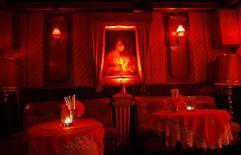 <p>Night Club di Amburgo. REUTERS/Christian Charisius (GERMANY)</p>