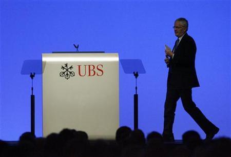 UBS Chairman Kaspar Villiger arrives for a speech during the general shareholders meeting in Zurich, April 15, 2009. REUTERS/Arnd Wiegmann