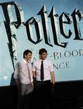 <p>O sexto filme de Harry Potter encantou a América do Norte, vendendo um valor estimado de 159,7 milhões de dólares em ingressos de cinema durante seus cinco primeiros dias em cartaz, informou no domingo a distribuidora Warner Bros. Pictures. REUTERS/Juan Medina (SPAIN ENTERTAINMENT)</p>