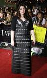 """<p>Stephenie Meyer, la scritrice statunitense autrice della fortunata serie """"Twilight"""". Qui fotografata a Westwood, California, nel novembre 2008. REUTERS/Mario Anzuoni</p>"""