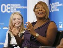 <p>Atrizes Queen Latifah e Dakota Fanning em uma coletiva de imprensa no Festival de Filmes de Toronto. 06/09/2008. REUTERS/ Mike Cassese</p>