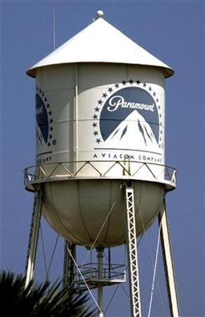 The water tower at Paramount Pictures Studios, a division of Viacom, Inc. is pictured in Los Angeles, California July 29, 2008, in this file photo. REUTERS/Fred Prouser/Files
