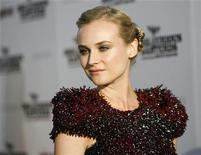 "<p>Cast member Diane Kruger poses at the premiere of ""Inglourious Basterds"" at Grauman's Chinese theatre in Hollywood, California August 10, 2009. REUTERS/Mario Anzuoni</p>"