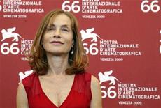 "<p>French actress Isabelle Huppert poses during a photocall at the 66th Venice Film Festival September 6, 2009. Huppert stars in the movie ""White Material"" directed by French director Claire Denis. REUTERS/Tony Gentile</p>"