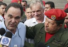 <p>O presidente venezuelano Hugo Chávez é tema de documentário do cineasta norte-americano Oliver Stone REUTERS/Carlos Galviz</p>