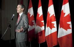 <p>Canadian Opposition and Liberal Party leader Michael Ignatieff talks to the media during a visit to Vancouver, British Columbia September 4, 2009. REUTERS/Andy Clark</p>
