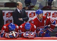 <p>Montreal Canadiens coach and general manger Bob Gainey and the bench watch the final moments of their loss to the Boston Bruins in Game 4 of their NHL Eastern Conference quarterfinal hockey game in Montreal, April 22, 2009. REUTERS/Shaun Best</p>