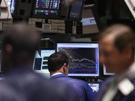 Traders work on the floor of the New York Stock Exchange in this September 1, 2009 file photo. REUTERS/Brendan McDermid