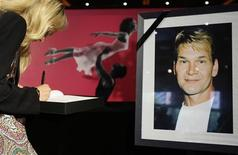 <p>Hollywood chora a morte do ator Patrick Swayze e saúda sua coragem. REUTERS/Tobias Schwarz</p>