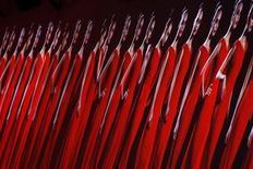 <p>Una sfilata di moda. REUTERS/Benoit Tessier (FRANCE)</p>