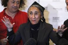 """<p>A líder uigur Rebiya Kadeer participou em agosto da estréia do documentário sobre ela, """"As 10 Condições do Amor"""", em Melbourne, na Austrália. REUTERS/Mick Tsikas</p>"""