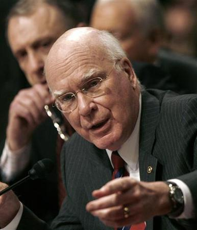 Senate Judiciary Committee Chairman Patrick Leahy speaks during a testimony by Kyle Sampson, former chief of staff to U.S. Attorney General Alberto Gonzales, at a Senate Judiciary Committee hearing on Capitol Hill in Washington March 29, 2007. REUTERS/Jason Reed