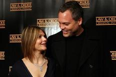 "<p>Actor Vincent D'Onofrio and actress Kathryn Erbe arrive at celebrations for the 100th episode of the TV series ""Law and Order: Criminal Intent"" in New York January 11, 2006. REUTERS/Erin Siegal</p>"
