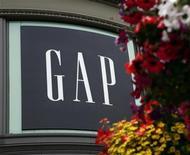<p>Логотип Gap у магазина компании в Сан-Франциско 20 августа 2009 года. Дональд Фишер, сооснователь ритейлера Gap Inc, умер в воскресенье в возрасте 81 года. REUTERS/Robert Galbraith</p>