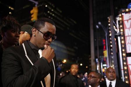 Sean 'Diddy' Combs arrives at the 2009 MTV Video Music Awards in New York, September 13, 2009. REUTERS/Lucas Jackson