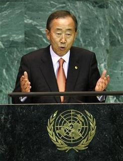 U.N. Secretary-General Ban Ki-moon addresses the 64th United Nations General Assembly at U.N. headquarters in New York, September 23, 2009. REUTERS/Mike Segar