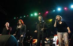 <p>The Manhattan Transfer perform during the three-day Java Jazz Festival in Jakarta March 8, 2008. REUTERS/Crack Palinggi</p>