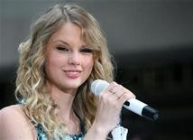 <p>Singer Taylor Swift performs on NBC's 'Today' show in New York, May 29, 2009. REUTERS/Brendan McDermid</p>