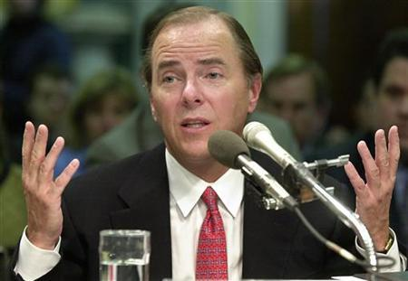 Former Enron Corp. CEO Jeffrey Skilling gestures as he testifies before the Senate Commerce, Science and Transportation Committee on Capitol Hill, February 26, 2002. REUTERS/Mike Theiler